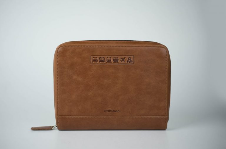 Аксессуары для путешествий Аксессуары для путешествий Папки для документов в путешествие Travel Pack Brown
