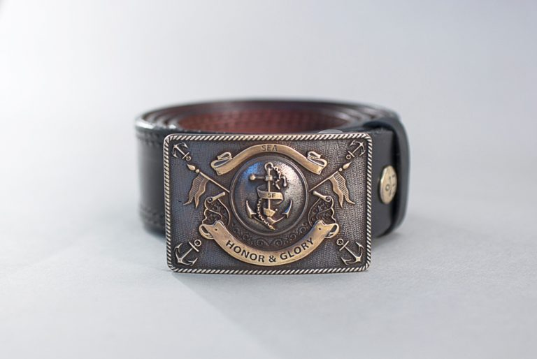 прочный кожаный ремень Honor & Glory с морской пряжкой