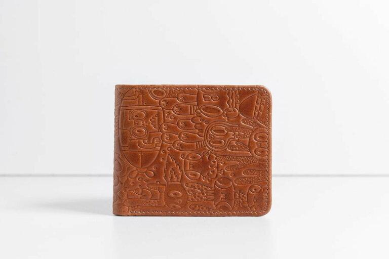 маленький коричневый кошелек из кожи с дизайнерским тиснением Wave Yeka Brown
